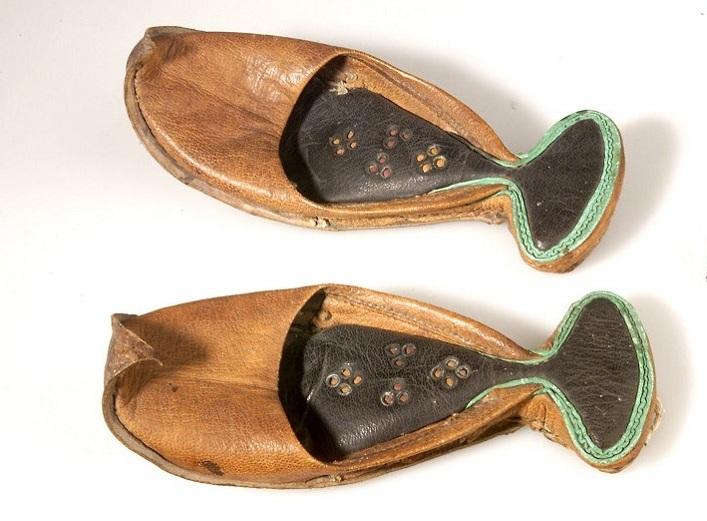 تاریخچه کفش در ایران