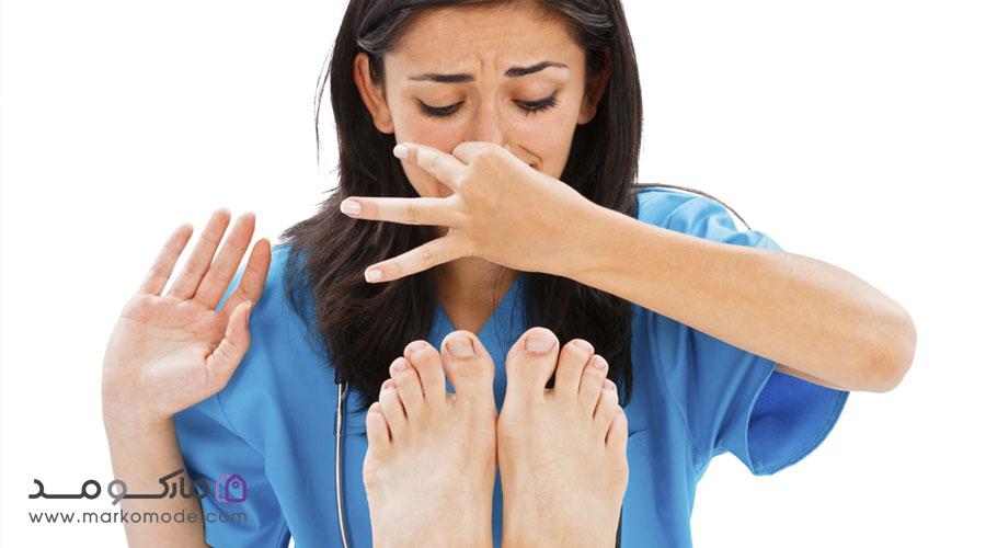 از بین بردن بوی بد کفش
