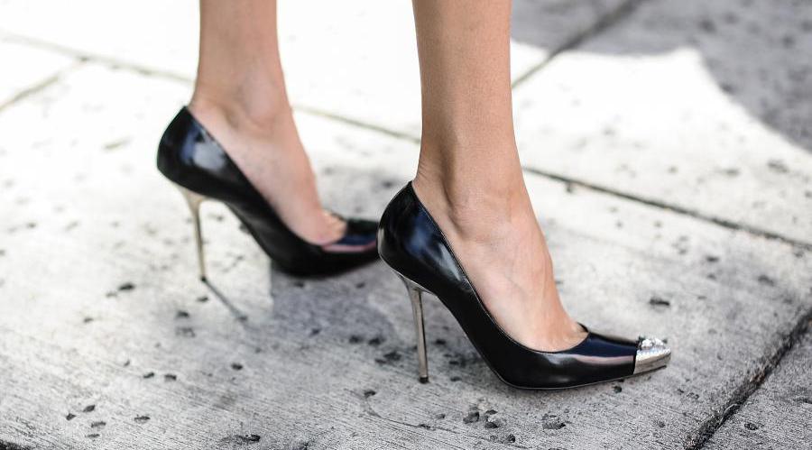اندازه مناسب پاشنه کفش زنانه چقدر باید باشد؟