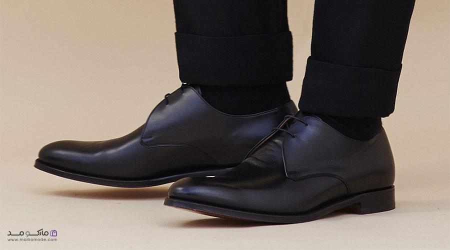 ست کردن رنگ کفش مشکی با شلوار