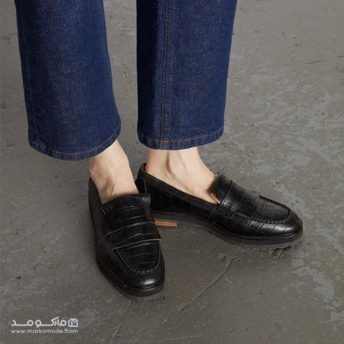ویژگیهای کفش کالج