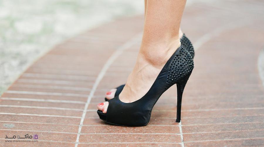 انتخاب اندازه مناسب برای کفش دخترانه پاشنه بلند مجلسی