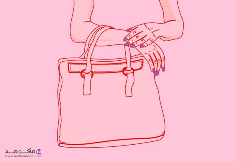 گرفتن کیف با ساق دست (فاصله آرنج یا مچ)